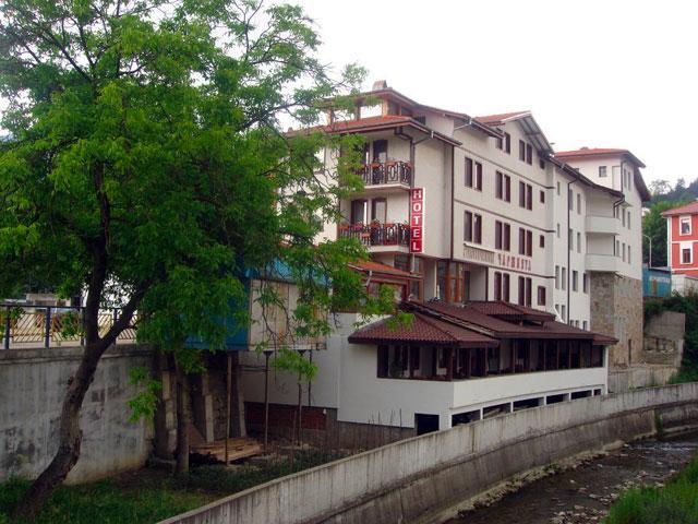 Хотел-механа Чаршията - снимка 30