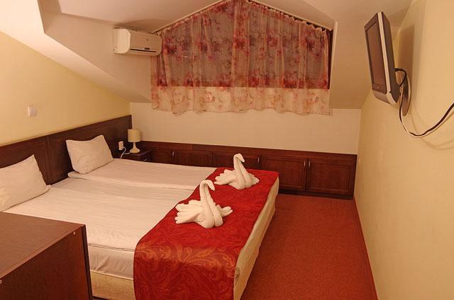 Хотел Балкан - снимка 10