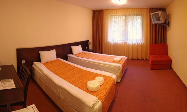Хотел Балкан - снимка 15