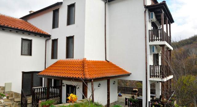 Семеен хотел Пламена - снимка 1