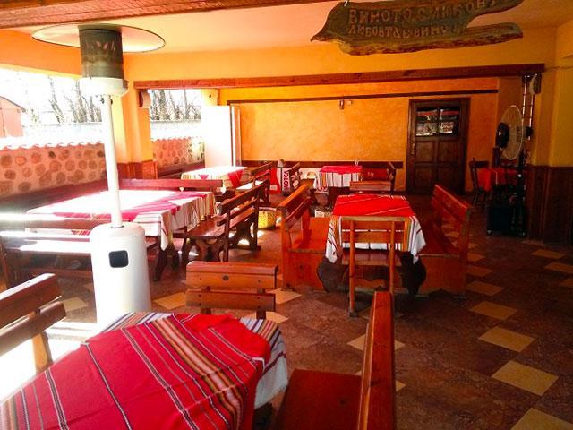 Ресторант BBQ и мотел Роси - снимка 3