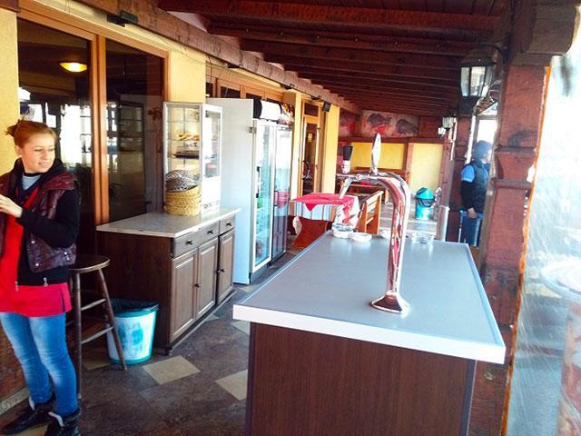 Ресторант BBQ и мотел Роси - снимка 8