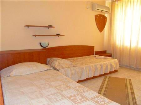 Семеен хотел Андреев - снимка 7