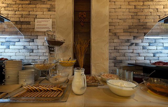 Хотел Гранд Рояле - снимка 12