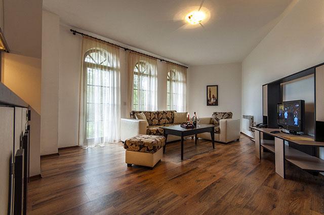 Хотел Гранд Рояле - снимка 17