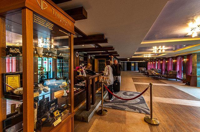 Хотел Гранд Рояле - снимка 3