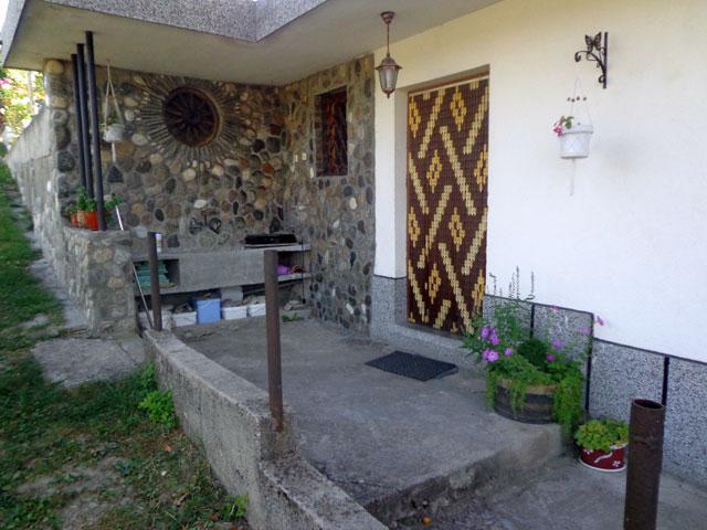 Къща за гости Боряна - снимка 13