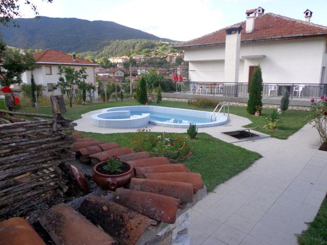 Къща за гости Боряна - снимка 2