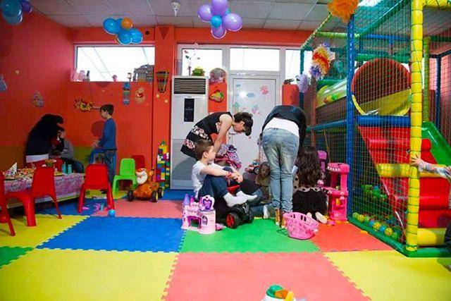 Детски парти център Усмивка - снимка 13