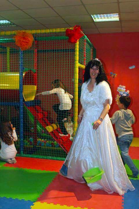 Детски парти център Усмивка - снимка 19