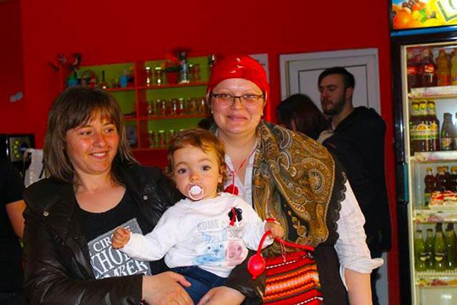 Детски парти център Усмивка - снимка 5