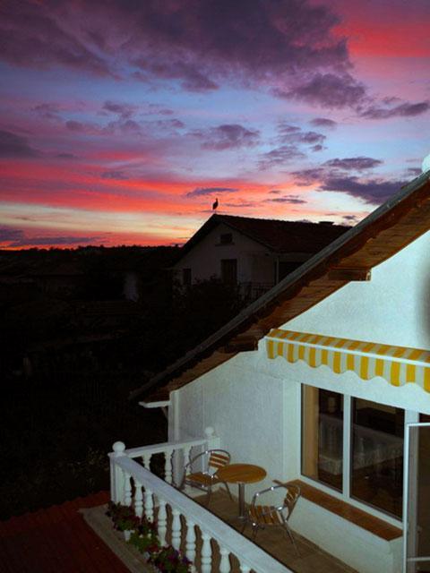 Къща за гости Нашенци - снимка 26