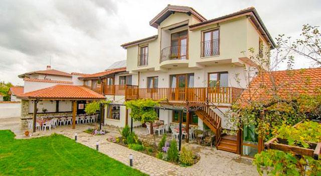 Къща за гости Вила Елма - снимка 1