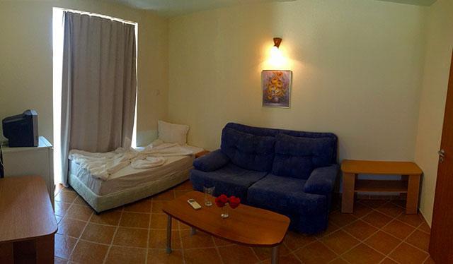 Хотел Еко Палас - снимка 13