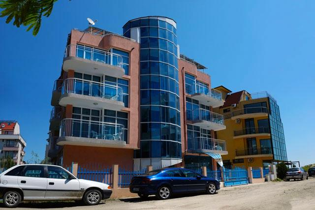 Хотел Еко Палас - снимка 1