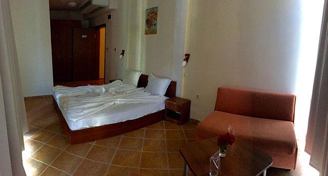 Хотел Еко Палас - снимка 9