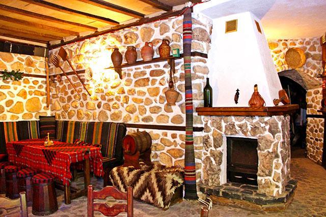 Къща за гости Златните пирамиди - снимка 10