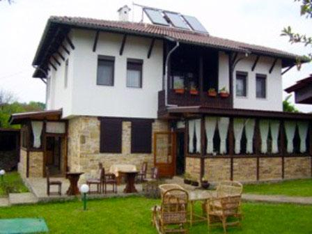 Тончовата къща за гости и механа - снимка 1