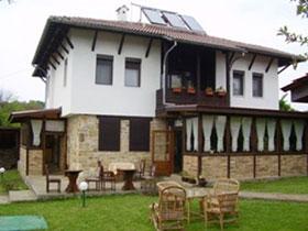 Тончовата къща за гости и механа