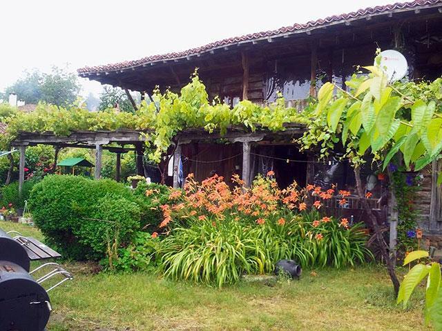 Къща за гости Жасмин - снимка 1
