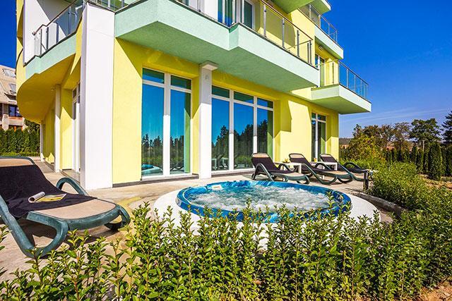 Къща за гости Европа - снимка 1