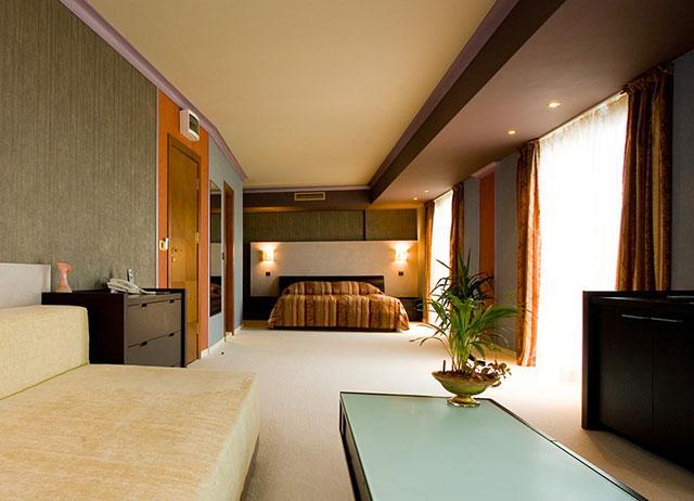 Хотел Мистрал - снимка 17