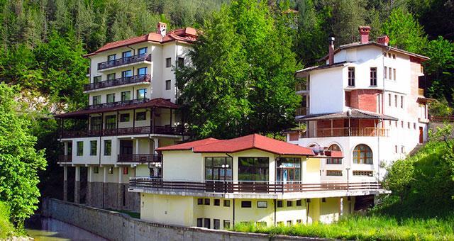 Хотелски Комплекс Родопа - снимка 1