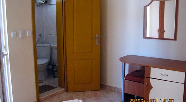 Къща за гости Надин - снимка 15