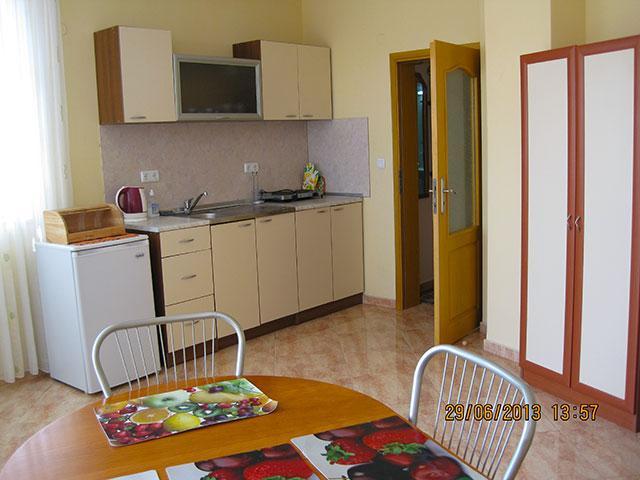 Къща за гости Надин - снимка 29