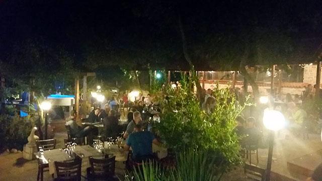 Ресторант Българка - снимка 11