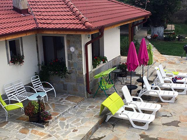 Къща за гости Mountain View - снимка 1