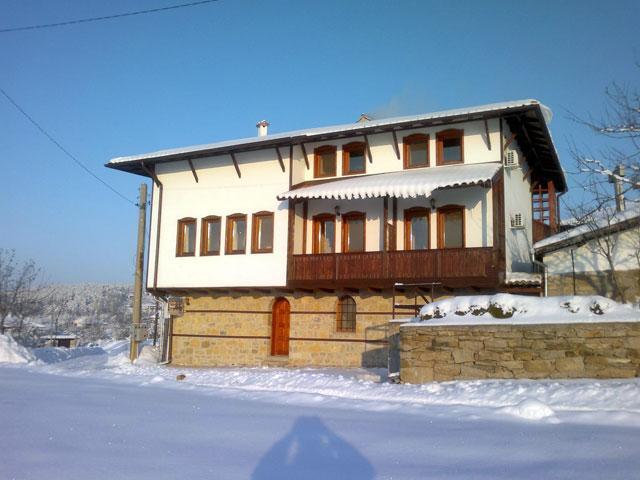 Хотел-механа Панорама - снимка 2