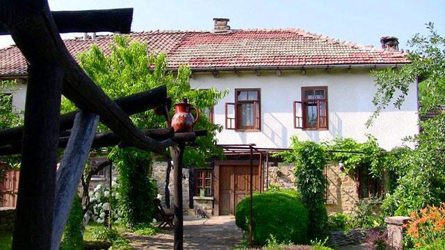 Къща за гости Черницата - снимка 1