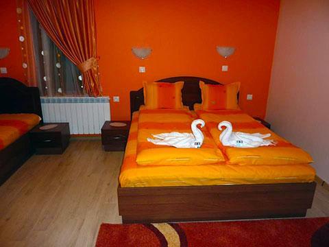 Къща за гости Джоголанов - снимка 23
