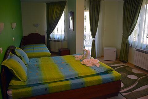 Къща за гости Джоголанов - снимка 26