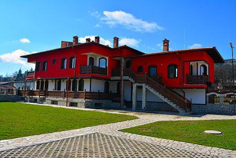 Къща за гости Джоголанов - снимка 2