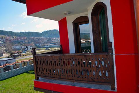 Къща за гости Джоголанов - снимка 3