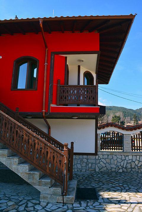 Къща за гости Джоголанов - снимка 7