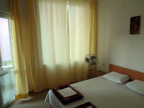 Самостоятелни стаи Хрис - снимка 10