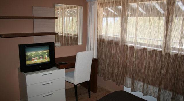 Хотел Свети Трифон - снимка 10