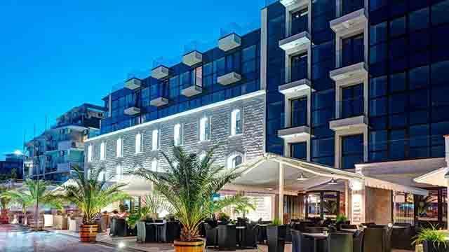 Хотел Антик - снимка 26