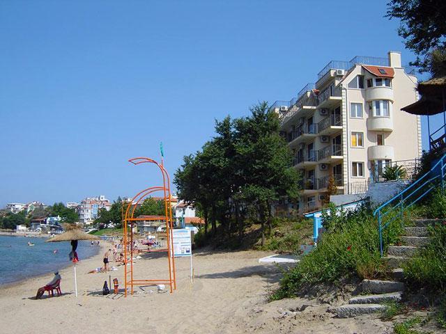 Вила Лазурен бряг - снимка 7