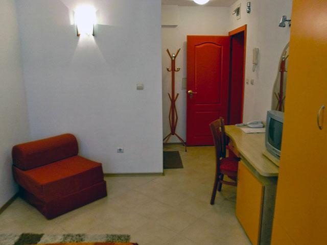 Къща за гости Гранат - снимка 12