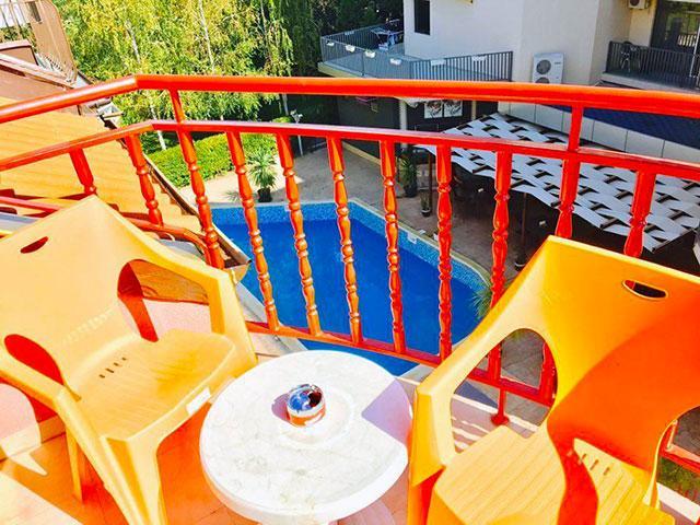 Къща за гости Гранат - снимка 14