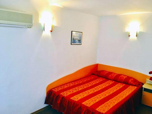 Къща за гости Гранат - снимка 4