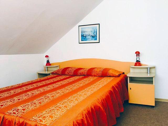 Къща за гости Гранат - снимка 5