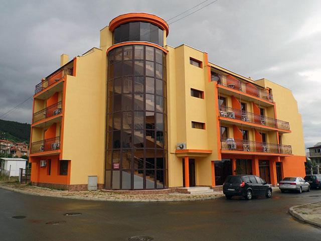 Семеен хотел Амигос - снимка 1