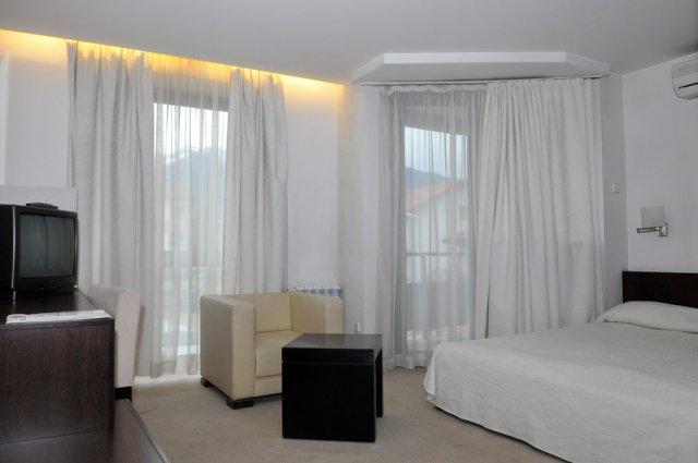 Хотел Елица - снимка 14