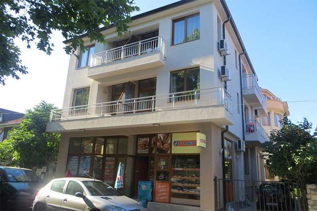 Семеен хотел Стоянови - снимка 1