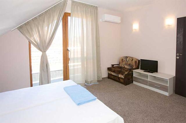 Семеен хотел Стоянови - снимка 8